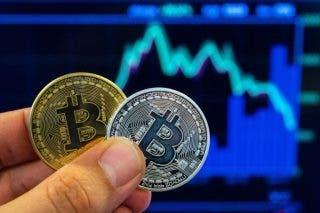 Investor SA takut CEO cryptocurrency yang dituduh mencuri jutaan orang bisa dalam pelarian – Warga Negara