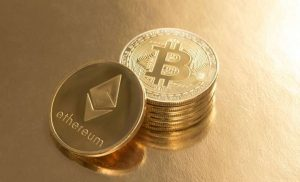 Bitcoin Sekitar $ 11K Sebagai ETH Mata $ 400